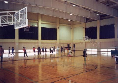 西部市民体育会館 競技場
