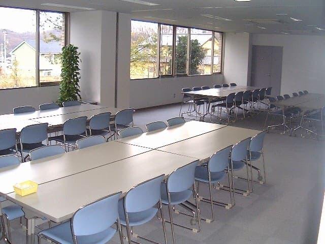 鳴和台市民体育会館 会議室